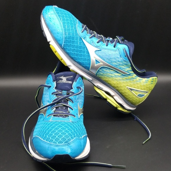 online retailer 1b8a9 ad5e2 MIZUNO WAVE RIDER 19 MEN'S SHOES